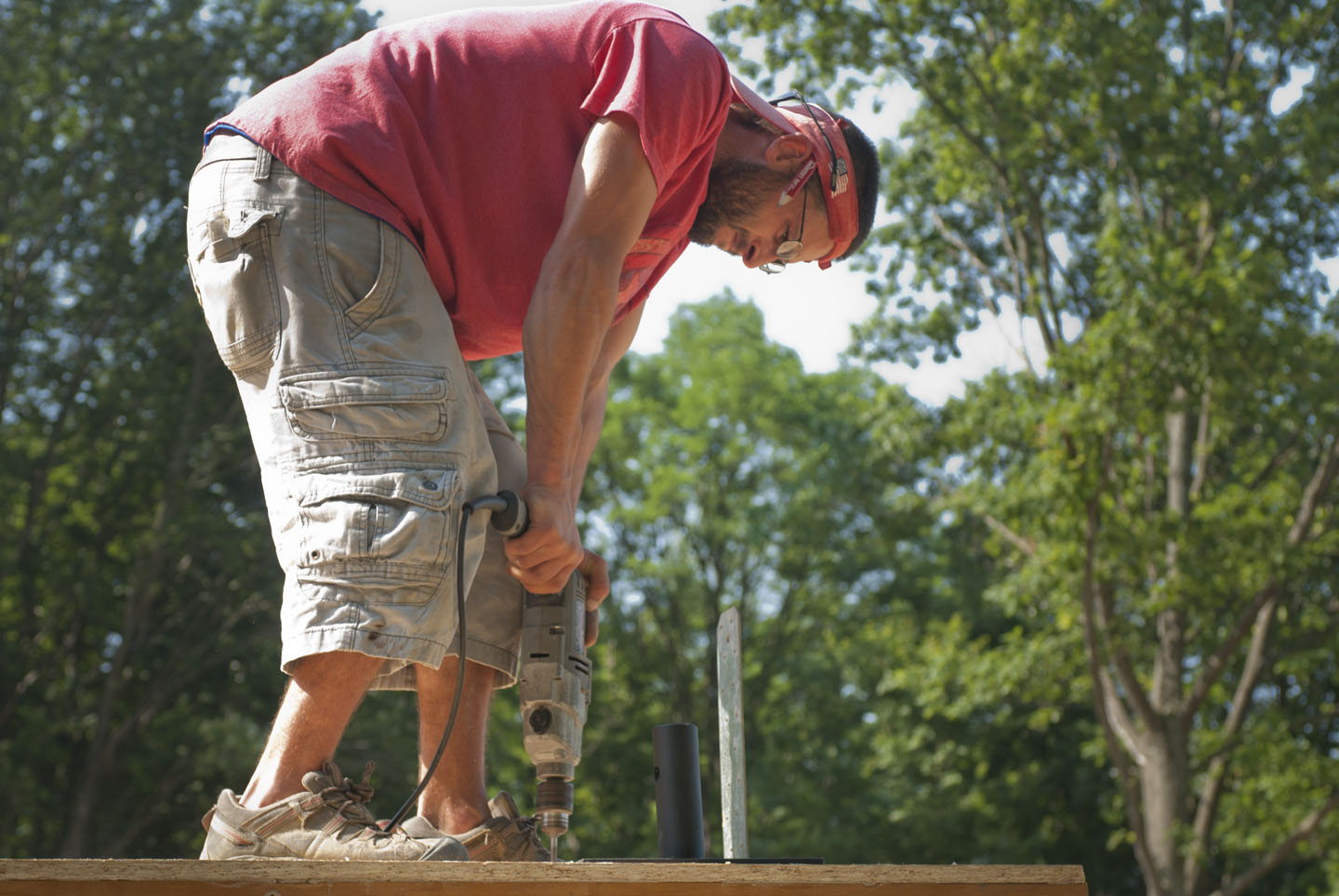 Attaching glulam base plates to the deck | New Hudson Valley